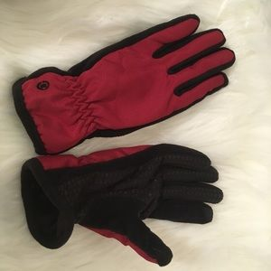 Isotoner  Active Smartouch  Women's Gloves